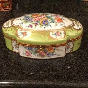 Limoges oval box